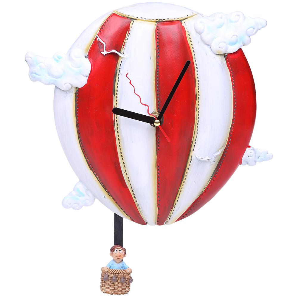 Настенные часы с маятником «Время летит»