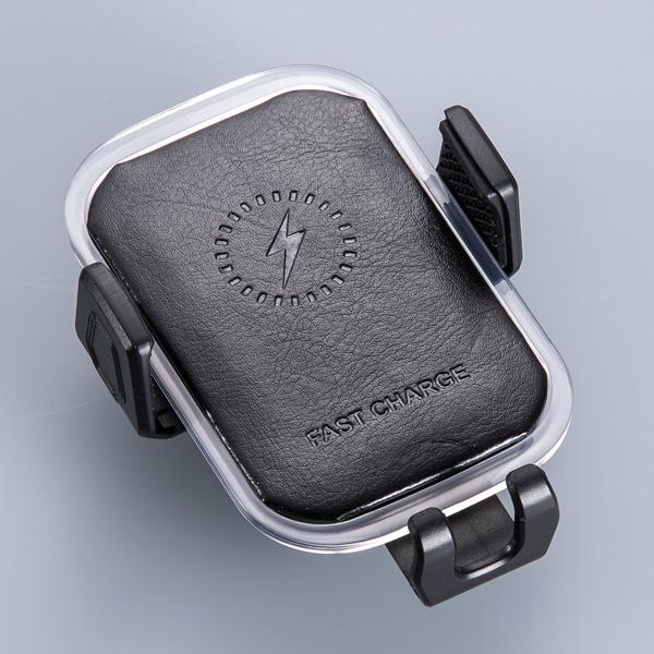 Держатель смартфона с беспроводной зарядкой для авто (кожа) от 2 520 руб